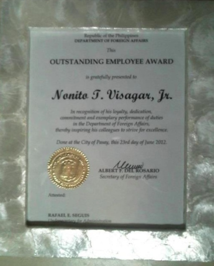 Outstanding Employee Award Plaque given to Nonito